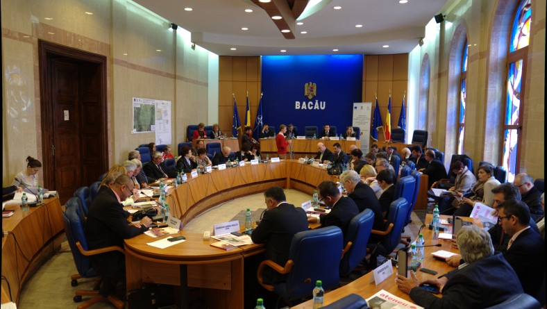 Consiliul Județean Bacău: dezbatere publică privind constituirea Consiliului Consultativ pe Probleme de Tineret