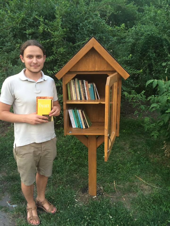 little-free-library-bacau-dumitru-godina