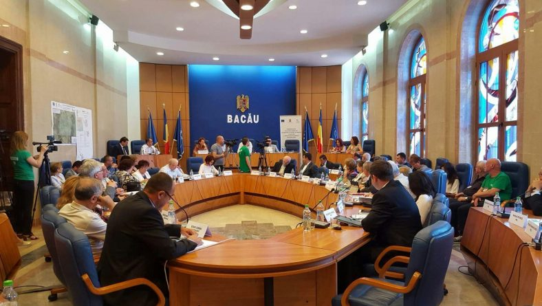 Ultima ședință a Consiliului Județean Bacău din acest mandat: monolog al președintelui și informări asupra investițiilor de la nivelul județului