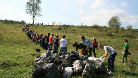 Let's Bike It, Bacău – Acțiune de identificare a mormanelor de deșeuri din județul Bacău